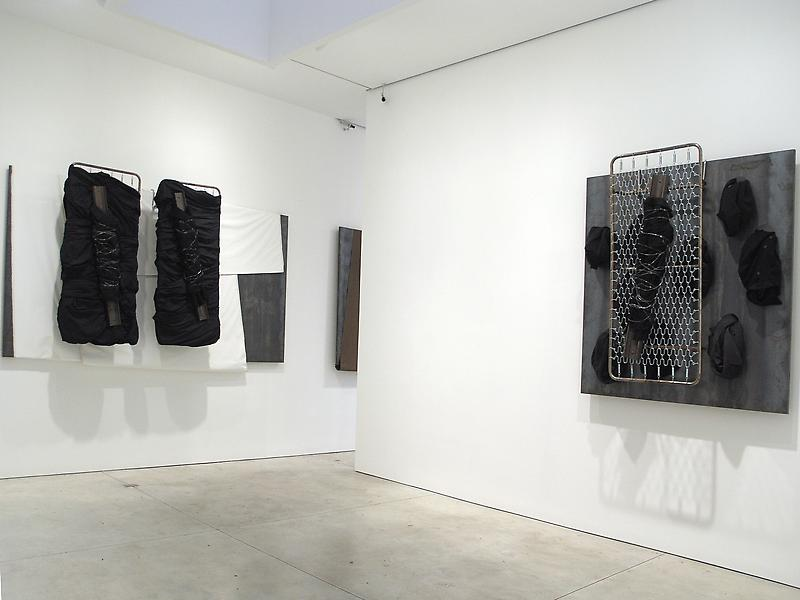 Jannis Kounellis 	November 8 - January 6, 2006