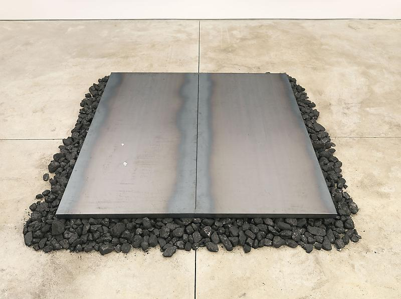 Jannis Kounellis UNTITLED 2013 Steel and coal 6 x 82 x 90 inches 15.2 x 208.3 x 228.6 centimeters
