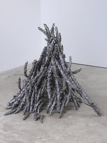 Lynda Benglis 	JACKS #3 1998-99 	Cast aluminum 	39 x 34 x 37 inches 	99.1 x 86.4 x 94 centimeters
