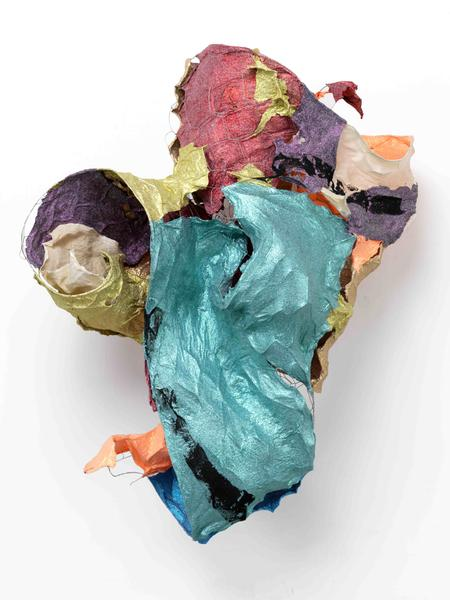 Lynda Benglis LURE 2016 Handmade paper over chicken wire, cast glitter on handmade paper, ground coal with matte medium 36 x 26 x 19 inches 91.4 x 66 x 48.3 centimeters
