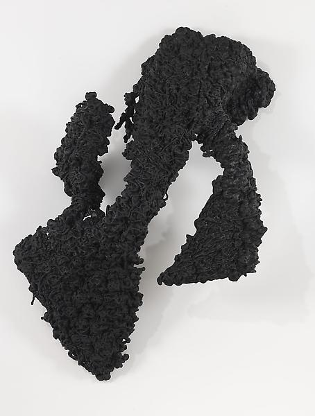 Lynda Benglis 	FIGURE 2 2009 	Bronze, black patina 	80 x 51 1/2 x 22 inches 	203.2 x 130.8 x 55.9 centimeters